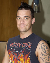 This is an image of 255158 Robbie Williams Photograph & Poster