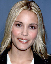 This is an image of 265195 Leslie Bibb Photograph & Poster