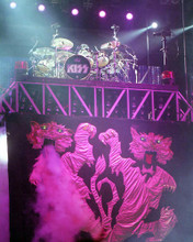 This is an image of 277463 Kiss Photograph & Poster