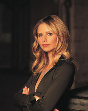 This is an image of 272058 Sarah Michelle Gellar Photograph & Poster