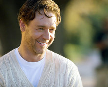 This is an image of 273132 Russell Crowe Photograph & Poster