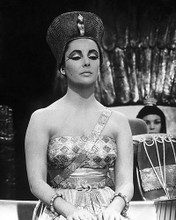 This is an image of 192717 Elizabeth Taylor Photograph & Poster