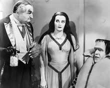 This is an image of 193432 The Munsters Photograph & Poster