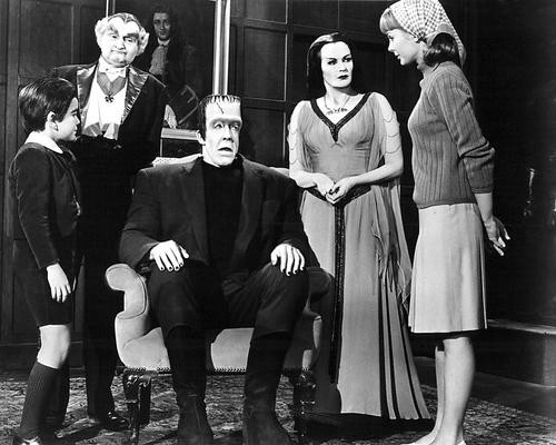This is an image of 193435 The Munsters Photograph & Poster