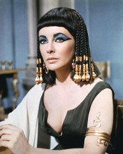 This is an image of 283485 Elizabeth Taylor Photograph & Poster