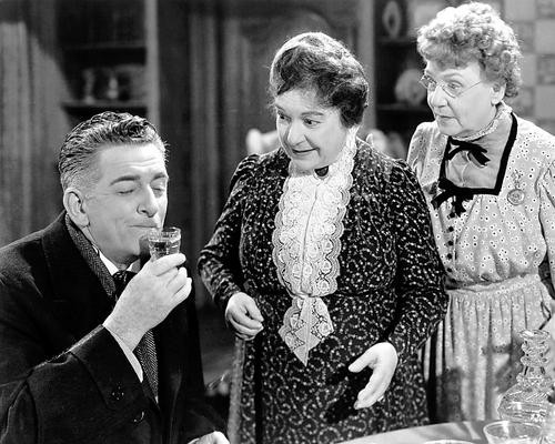 This is an image of 194728 Arsenic and Old Lace Photograph & Poster