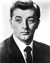This is an image of Prints & Posters of Robert Mitchum 104801
