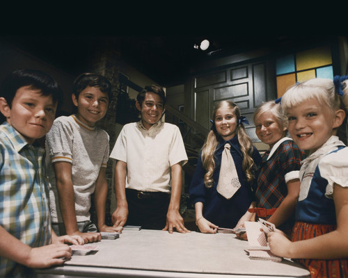 This is an image of Prints & Posters of The Brady Bunch 202796