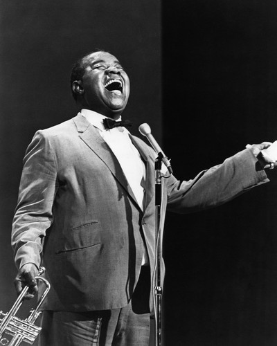 This is an image of Prints & Posters of Louis Armstrong 105589