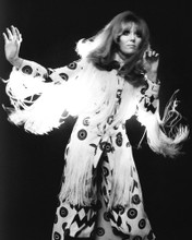 This is an image of Prints & Posters of Dusty Springfield 105848