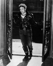 This is an image of Photograph & Poster of Marlon Brando 102807