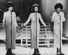 This is an image of Photograph & Poster of The Supremes 190357