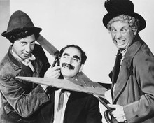 This is an image of Photograph & Poster of The Marx Brothers 170740