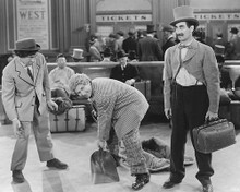 This is an image of Photograph & Poster of The Marx Brothers 173490
