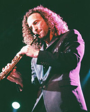 This is an image of Photograph & Poster of Kenny G 251601