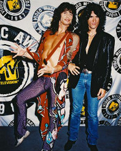 This is an image of Photograph & Poster of Aerosmith 212678