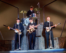This is an image of Photograph & Poster of The Beatles 256125