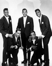 This is an image of Photograph & Poster of The Temptations 197045
