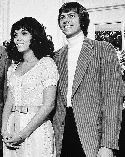 This is an image of Photograph & Poster of The Carpenters 100844