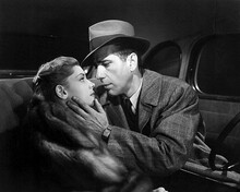 This is an image of Photograph & Poster of The Big Sleep 102910