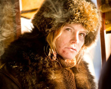 This is an image of Photograph & Poster of Jennifer Jason Leigh 298468