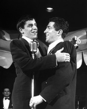 This is an image of Photograph & Poster of Jerry Lewis 103104