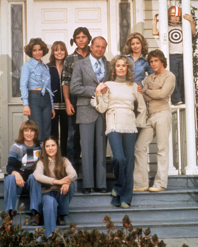 This is an image of Prints & Posters of Eight is Enough 298663