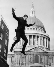 This is an image of Prints & Posters of On Her Majesty's Secret Service 103322