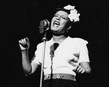This is an image of Prints & Posters of Billie Holiday 103394