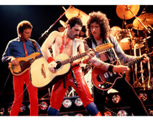 This is an image of Prints & Posters of Queen 299088