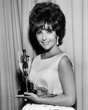 This is an image of Prints & Posters of Elizabeth Taylor 103459