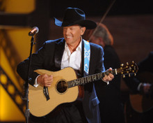 This is an image of Prints & Posters of George Strait 299394