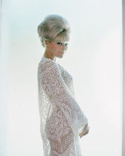 This is an image of Prints & Posters of Elke Sommer 201050