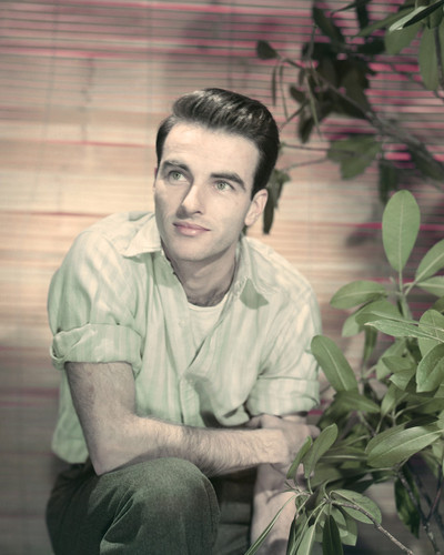 This is an image of Prints & Posters of Montgomery Clift 299885