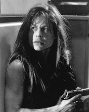 This is an image of Prints & Posters of Linda Hamilton 104482