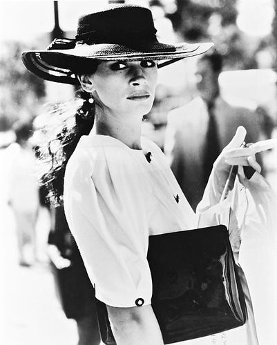 This is an image of 17976 Julia Roberts Photograph & Poster