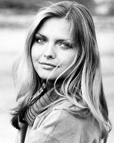 This is an image of 100536 Michelle Pfeiffer Photograph & Poster