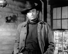 This is an image of Photograph & Poster of Gregory Peck 101076