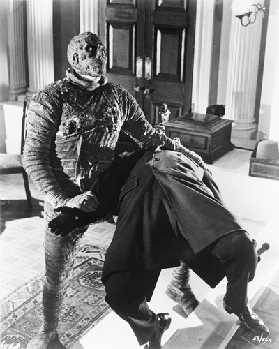 This is an image of Photograph & Poster of The Mummy (1957) 101304