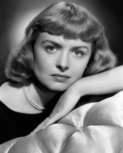 This is an image of Photograph & Poster of Donna Reed 101376