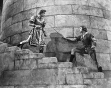 This is an image of Photograph & Poster of The Adventures of Robin Hood 101525