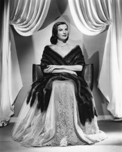 This is an image of Photograph & Poster of Ella Raines 101543