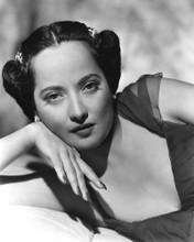This is an image of Photograph & Poster of Merle Oberon 101567