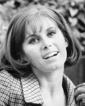 This is an image of Photograph & Poster of Stefanie Powers 101804