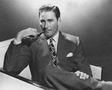 This is an image of Photograph & Poster of Errol Flynn 102615