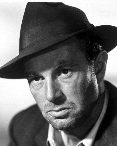 This is an image of Photograph & Poster of Sterling Hayden 102665