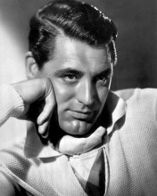 This is an image of Photograph & Poster of Cary Grant 102734