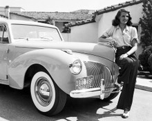 This is an image of Photograph & Poster of Rita Hayworth 102738
