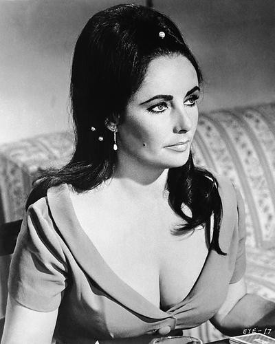 This is an image of 163076 Elizabeth Taylor Photograph & Poster