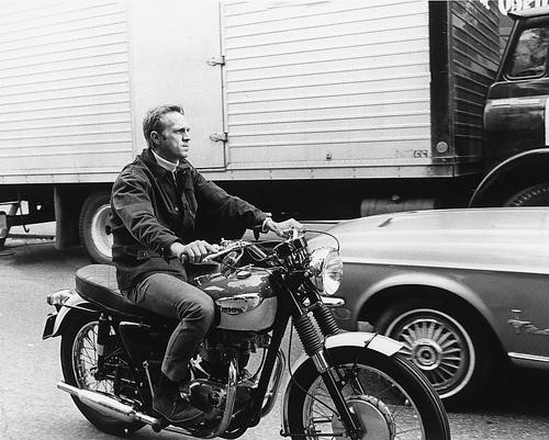 This is an image of 165126 Steve McQueen Photograph & Poster